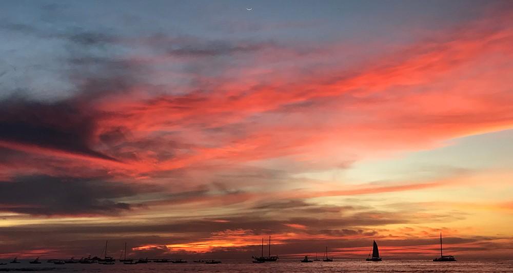 Tamarindo sunset catamaran tour