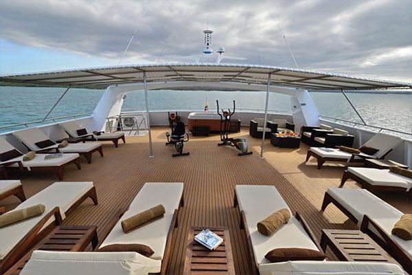 Xploration yacht