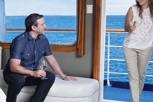 legend galapagos yacht