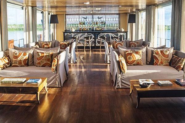 aria peru amazon cruise