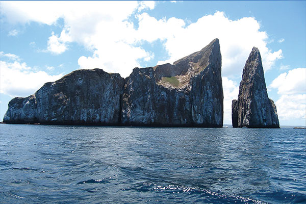 seastar yacht galapagos