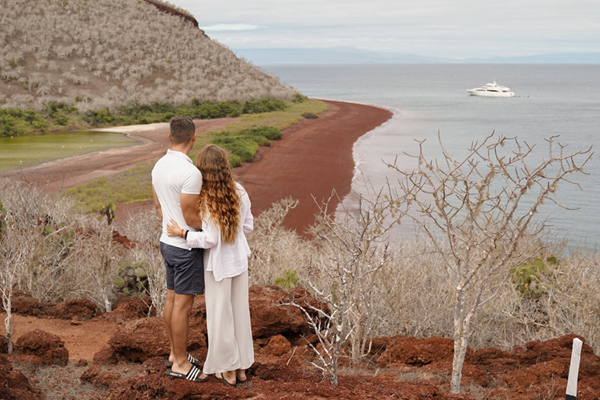 Grand Majestic Galapagos Yacht