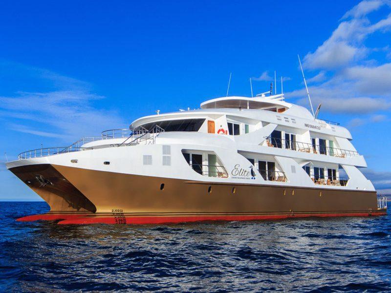 elite-yacht-galapagos