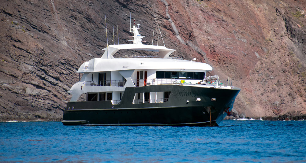 Infinity-Galapagos-Yacht